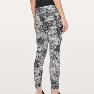 Lululemon Fast and Free Tight II Nulux 25